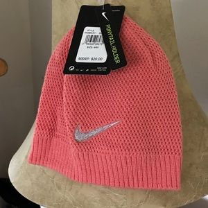 Nike girls knit hat with ponytail cutout